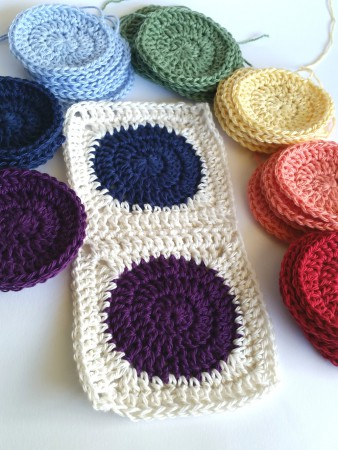 Squaring the circle crochet pattern tutorial spincushions - Crochet ideas originales ...