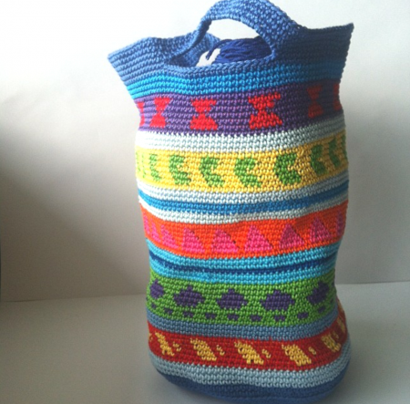 my first crochet bag tutorial by Shelley Husband