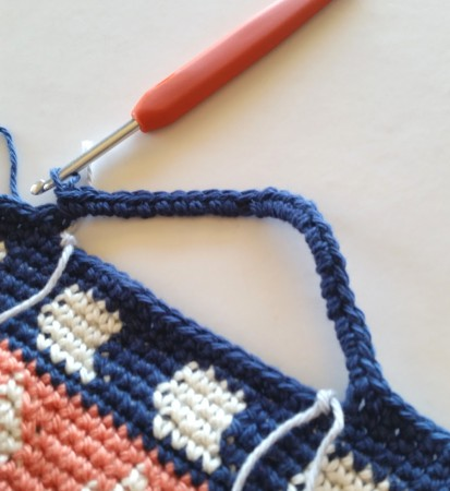 first handle forming crochet bag tutorial by shelley husband