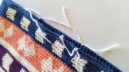 mark where handles will be crochet bag tutorial by Shelley Husband